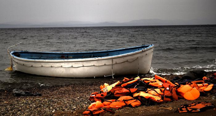 Rescued migrants hijack ship off Libya