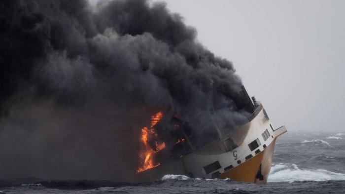 """Le navire italien """"Grande America"""" a coulé à 300 km à l"""