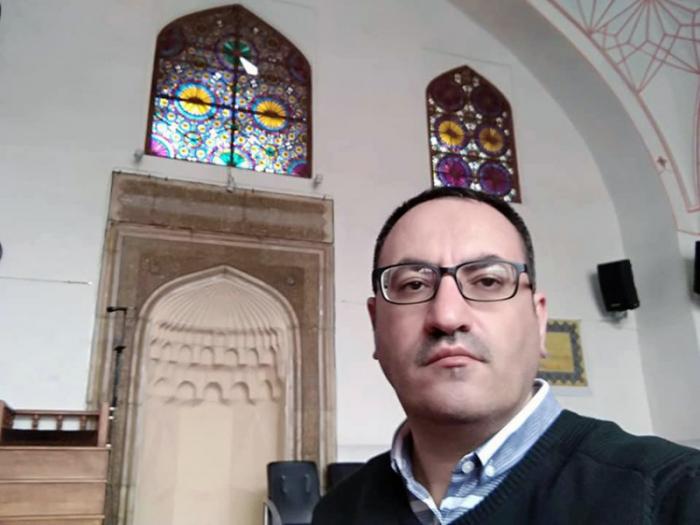 Azərbaycanlı deputat İrəvana gedib - FOTOLAR