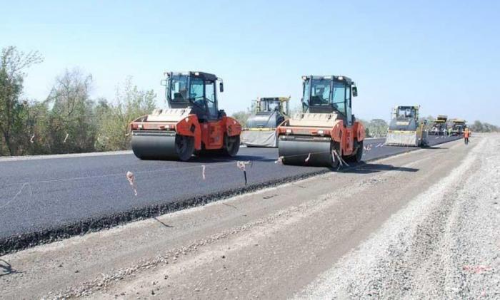 Yol tikintisinə 6,3 milyon manat ayrıldı