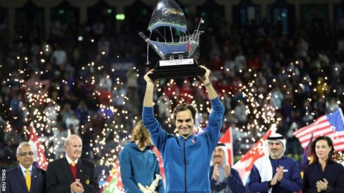 Federer wins Dubai Championships for 100th career title