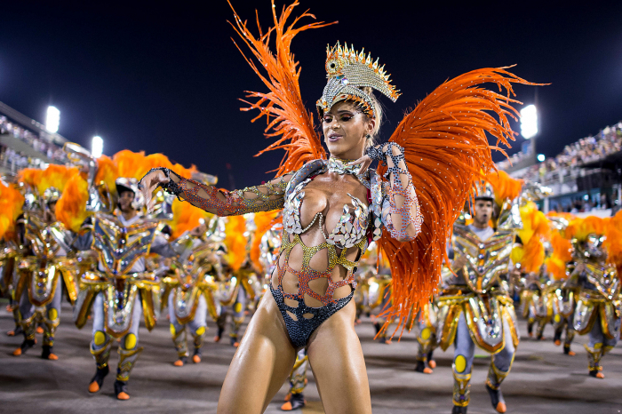 World-famous Rio de Janeiro Carnival kicks off with colourful costumes -  NO COMMENT