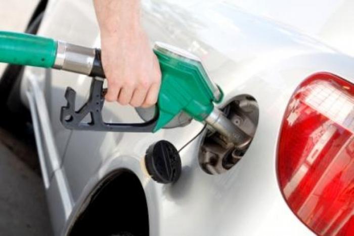 Bakıda benzin və dizel istehsalı azalıb