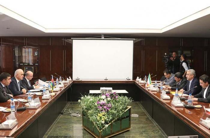 Azerbaijan, Iran mull creation of energy corridor with Turkey