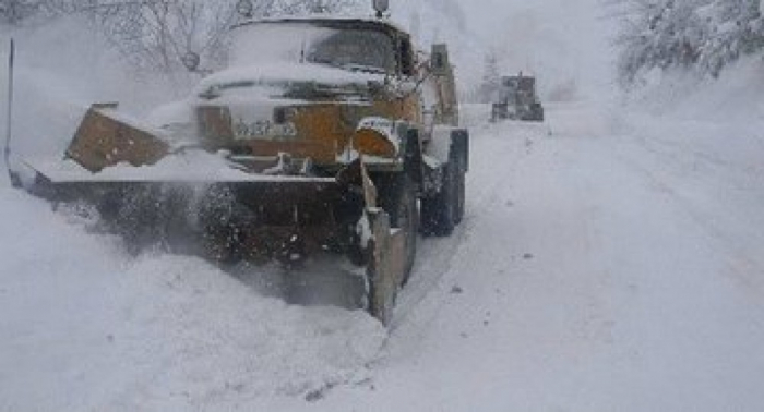 Gürcüstandan Rusiyaya gedən yol bağlandı