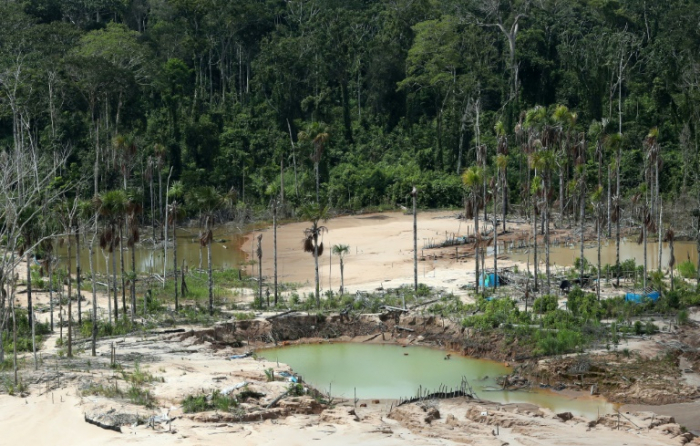 Peru opens military base to protect Amazon from deforestation
