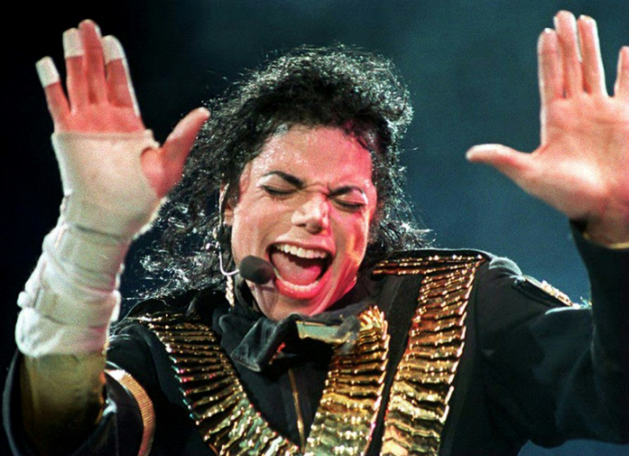 Radio stations drop Michael Jackson