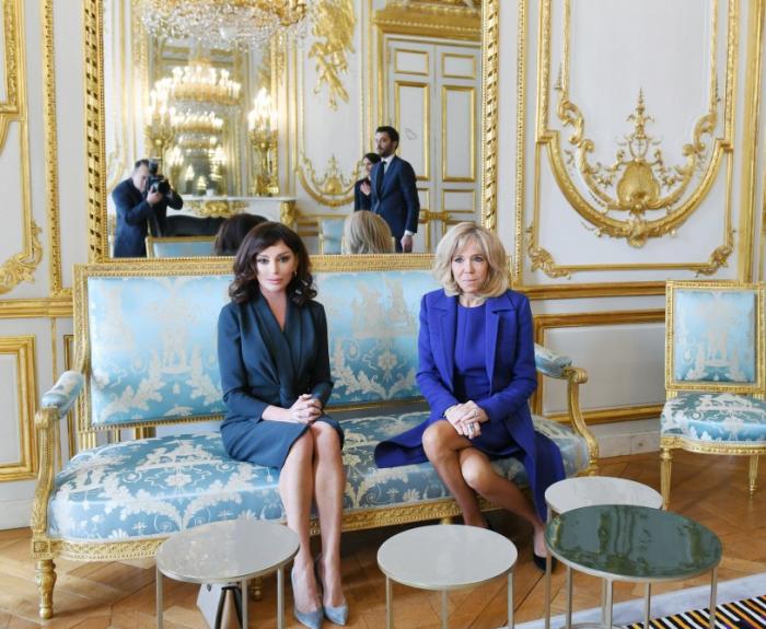 Azərbaycan və Fransanın birinci xanımları görüşdü - FOTOLAR