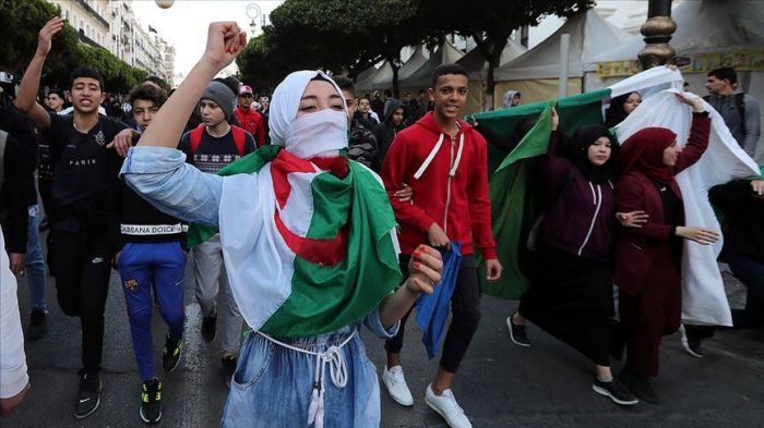 Algerians celebrate Bouteflika withdrawal from election