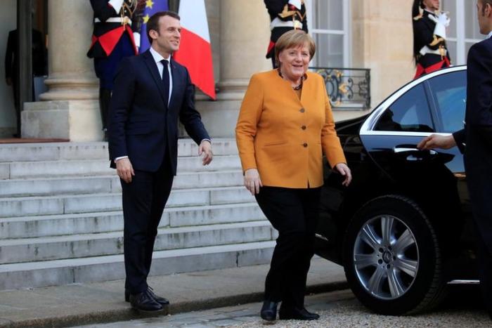 Trio statt Tandem - Macron trifft nun auf Merkel und AKK