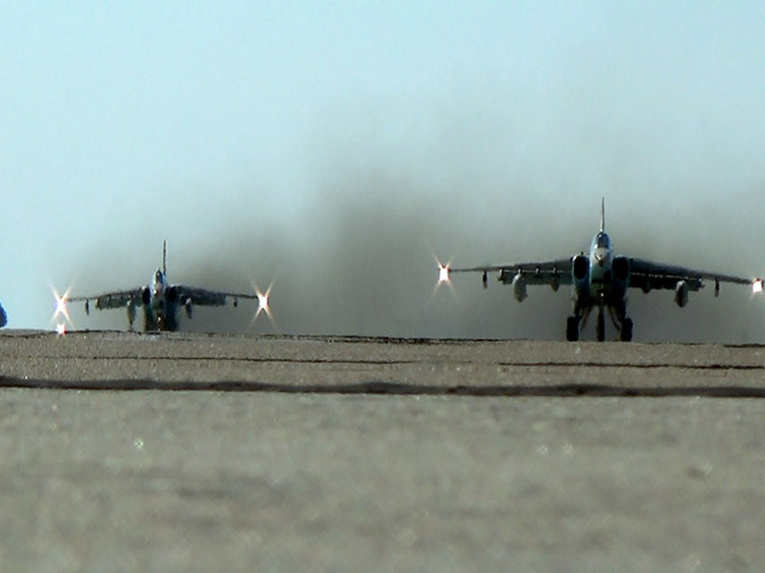 MoD: Azerbaijani troops redeploy combat aircraft during large-scale exercises - VIDEO