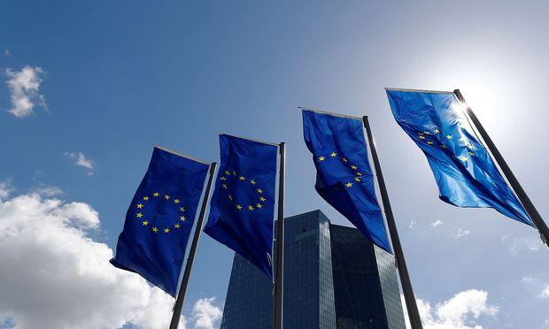 EU-Präsidentschaft - EU-Staaten geben Pläne für Digitalsteuer auf