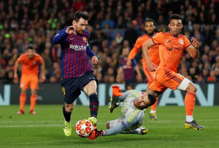 El Barça pasa a cuartos de la Champions con otra exhibición de Messi