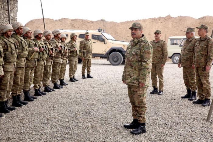 Azerbaijani defense minister visits frontline -   PHOTOS+VIDEO