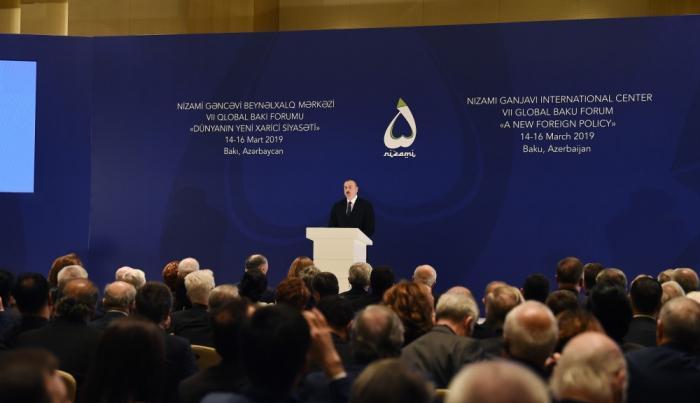 Der aserbaidschanische Präsident nimmt am 7. Globalen Baku Forum- teil