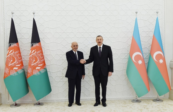 Presidente Ilham Aliyev se reúne con su homólogo de Afganistán