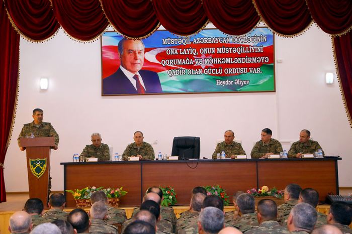 Azerbaijani army successfully completes large-scale drills: defense minister