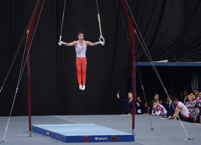 Gymnastique :   un Azerbaïdjanais remporte l'argent à la Coupe du monde