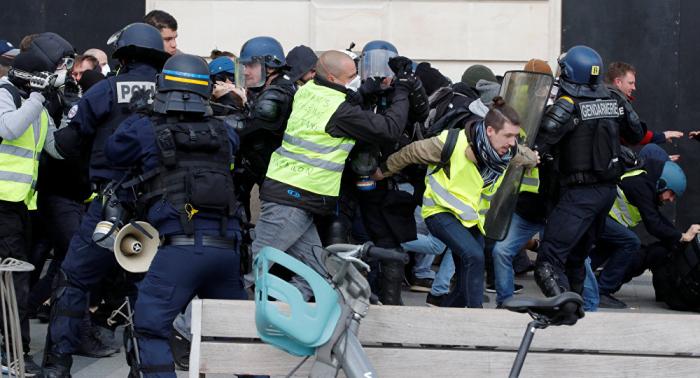 Al menos 60 heridos en nuevas protestas de los