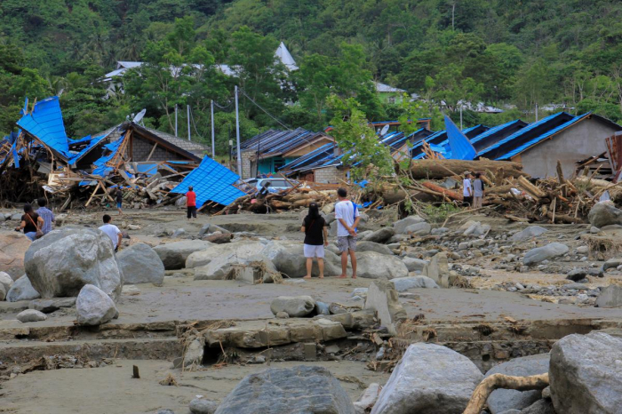 Death toll in floods in Indonesia