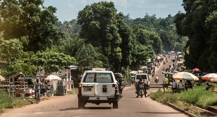 Una treintena de fallecidos al descarrilar un tren en Congo