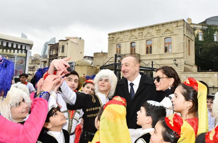 Prezident və birinci xanım Novruz şənliyində - FOTOLAR