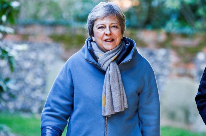 May se inclina por solicitar a la UE una prórroga corta del Brexit