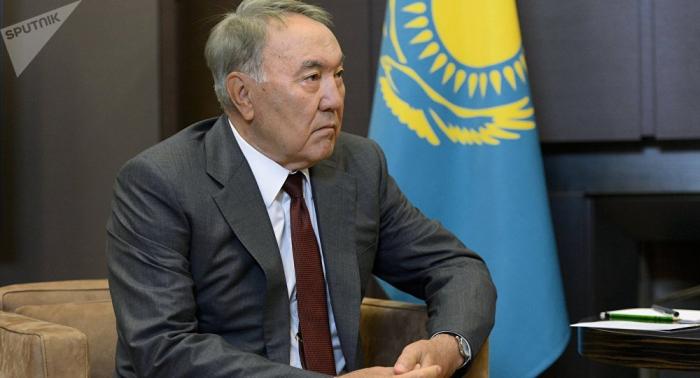 Kazajistán promete continuidad de política macroeconómica tras renuncia de Nazarbaév