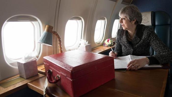 May bittet EU wohl um kurzen Brexit-Aufschub