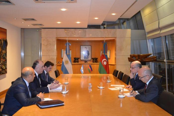 Azərbaycan-Argentina əlaqələri müzakirə edilib