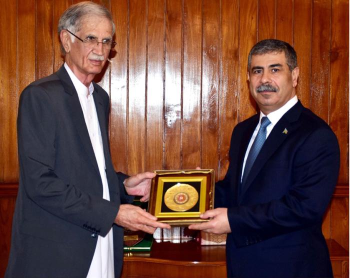Azerbaijan, Pakistan discuss development of military cooperation