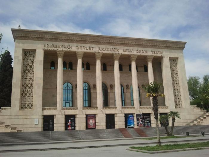 Milli Dram Teatrının aprel repertuarı