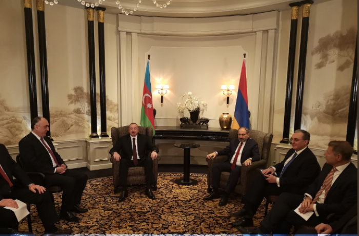 Azerbaijani president holds first one-on-one meeting with Armenian prime minister - UPDATED
