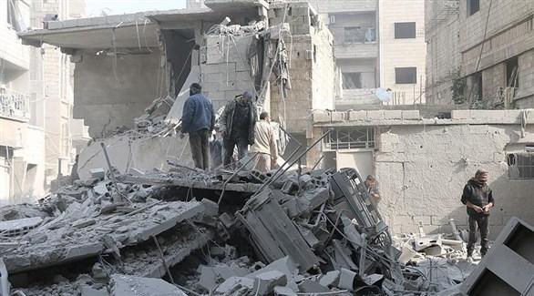 مقتل 13 شخصاً على الأقل في قصف إدلب