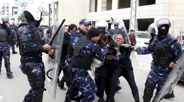 حماس تعتقل شباب الحراك في غزة وتداهم منازلهم فجراً