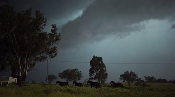 """الإعصار """"تريفور"""" يضرب شمال أستراليا"""