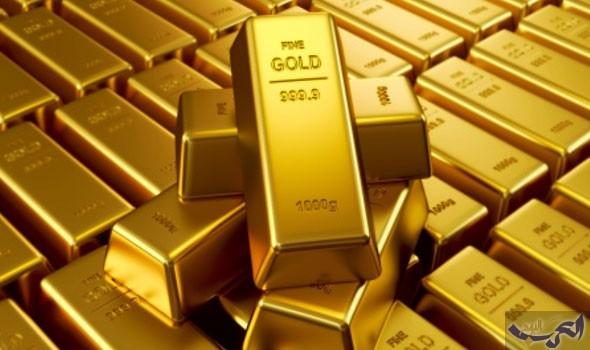 الذهب يهبط بفعل بيانات قوية لمبيعات التجزئة الأميركية