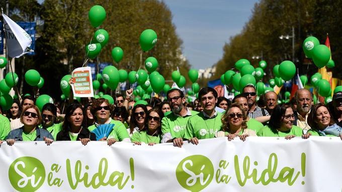 Madrid: des milliers de manifestants contre l