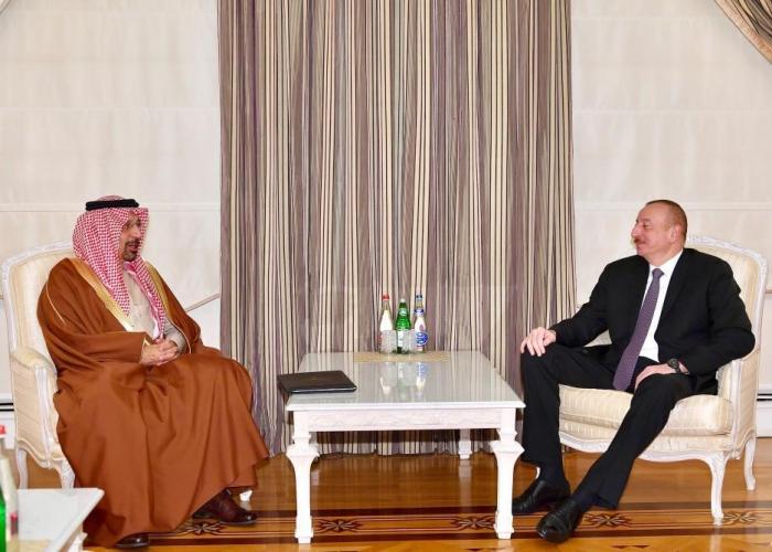 Presidente Ilham Aliyev acoge al ministro saudí