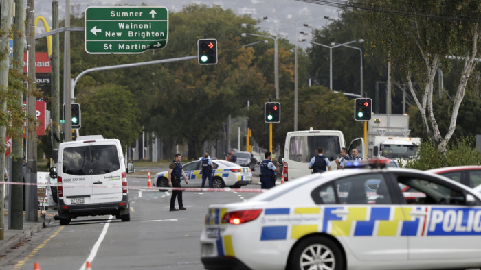 Se eleva a     49     el número de muertos en la masacre en mezquitas de Nueva Zelanda