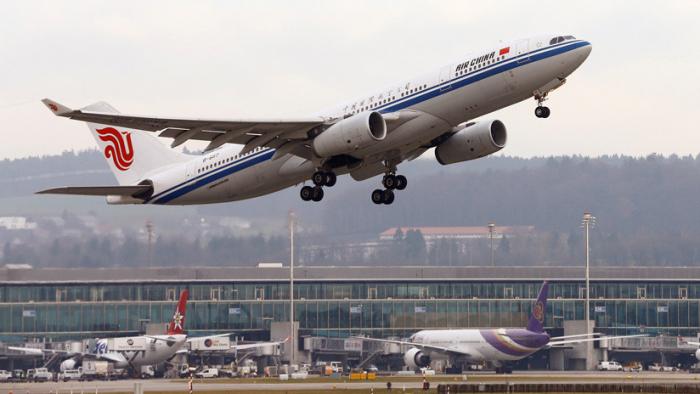 Airbus alcanza con China un acuerdo para suministrar 300 aviones