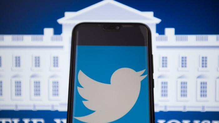 ¿Afectará a Trump?: Twitter evalúa etiquetar las publicaciones de figuras públicas que violen sus reglas