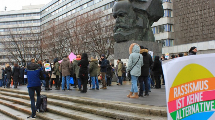 Tausende demonstrieren für Weltoffenheit