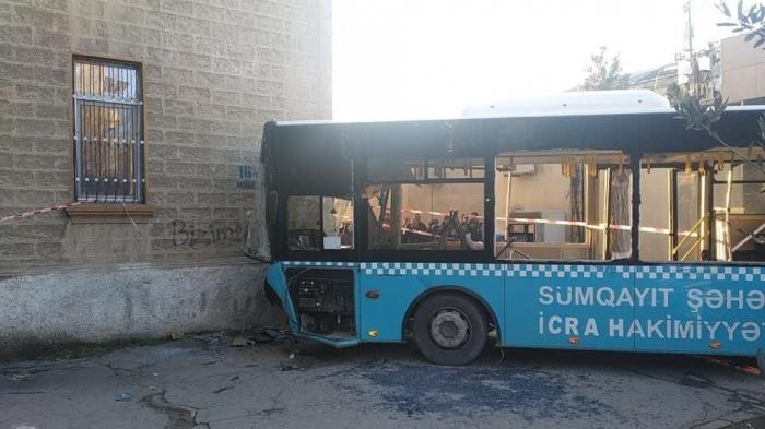 Sumqayıtda avtobus qəzasında yaralananlardan xəbər var