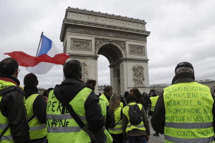 """""""Gilets jaunes"""":   manifestation interdite sur les Champs-Elysées et ses abords"""