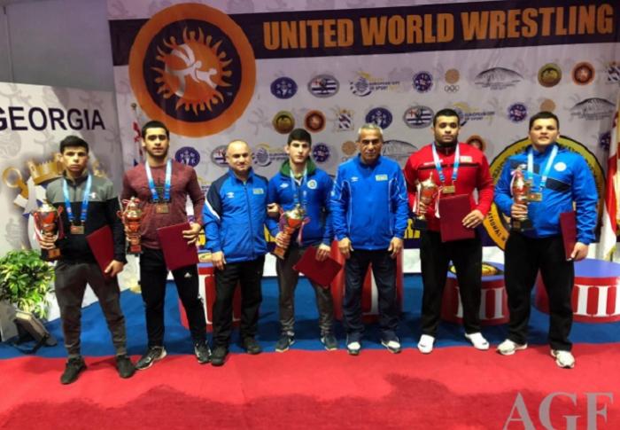 Güləşçilərimiz Batumidə 5 medal qazanıb