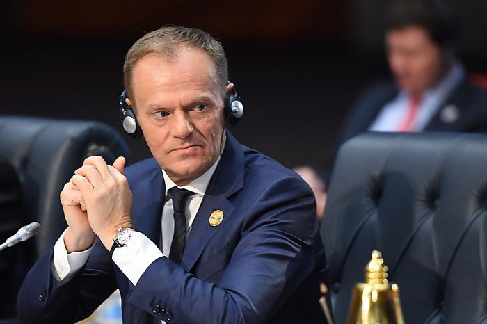 """Elections: Tusk dénonce les forces extérieures """"anti-européennes"""""""