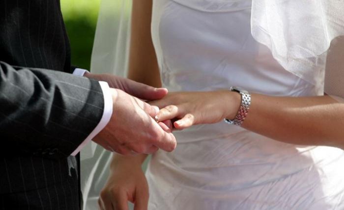 Ötən il 2256 azərbaycanlı əcnəbi ilə evlənib