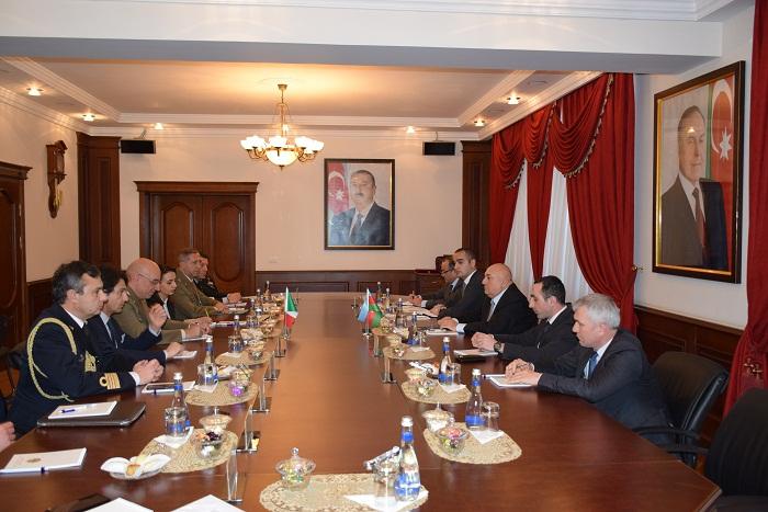 Azərbaycan və İtaliya hərbi-texniki sahədə əməkdaşlığı inkişaf etdirir