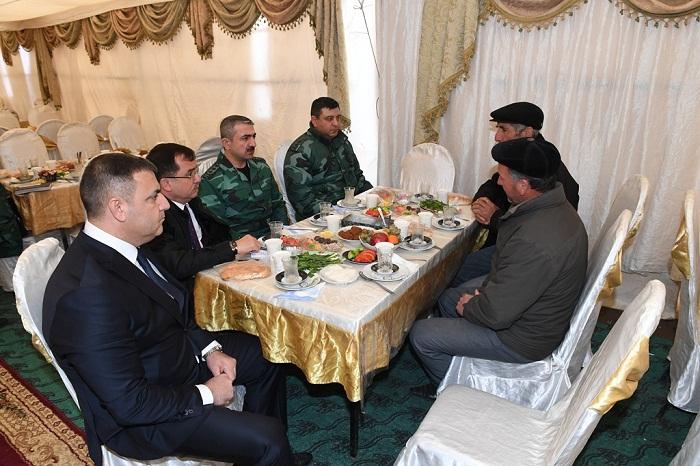 General şəhidin yas mərasimində iştirak edib - FOTOLAR